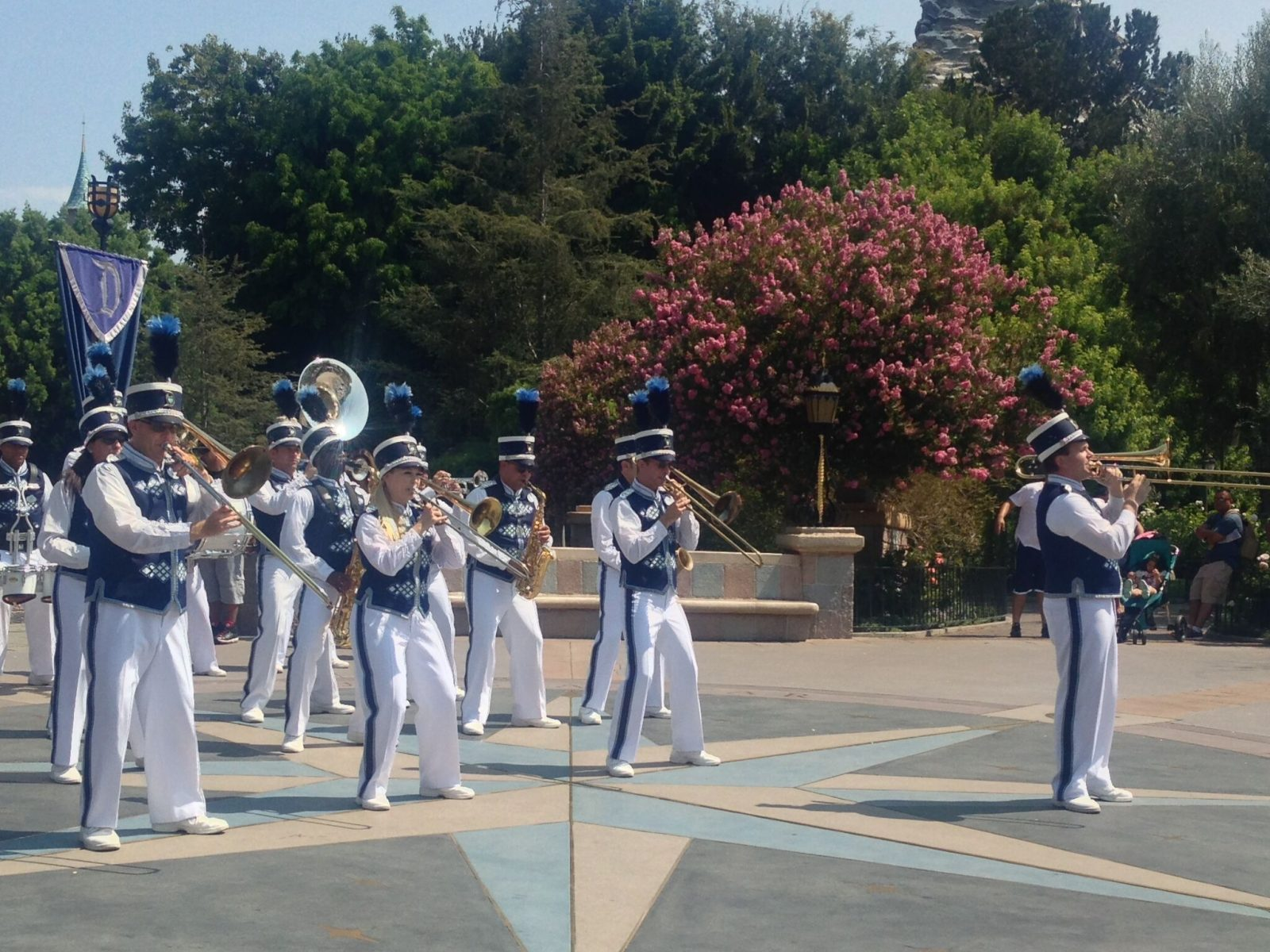 disney-marching-band