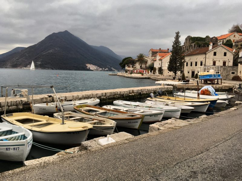 picture of boats at perast