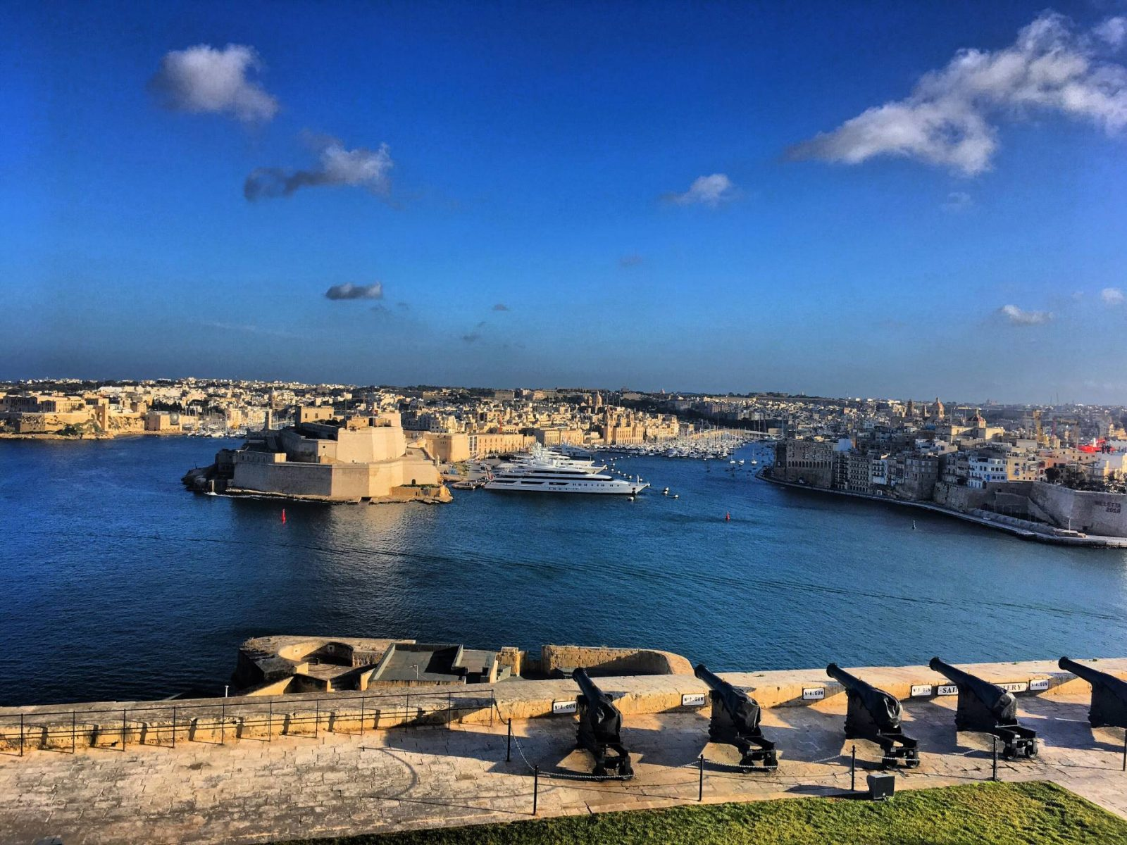 The scene just a few moments before the cannon is let off in Valletta, Malta